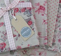 Chambray Fat Quarters - Rouge